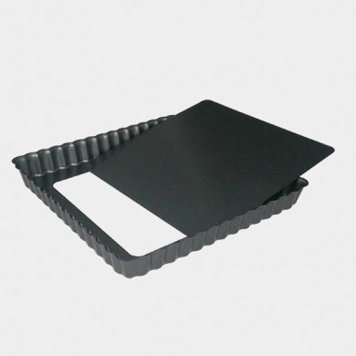 Square fluted tart mould with removable bottom 23cm