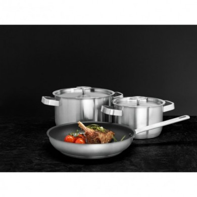 Kitchenware kit 2 pots and pan AEG